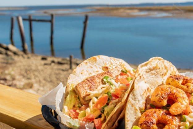 Lynn's Quality Oysters & Raw Bar