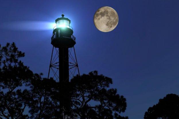 Crooked River Lighthouse Full Moon photo credit David Stahler